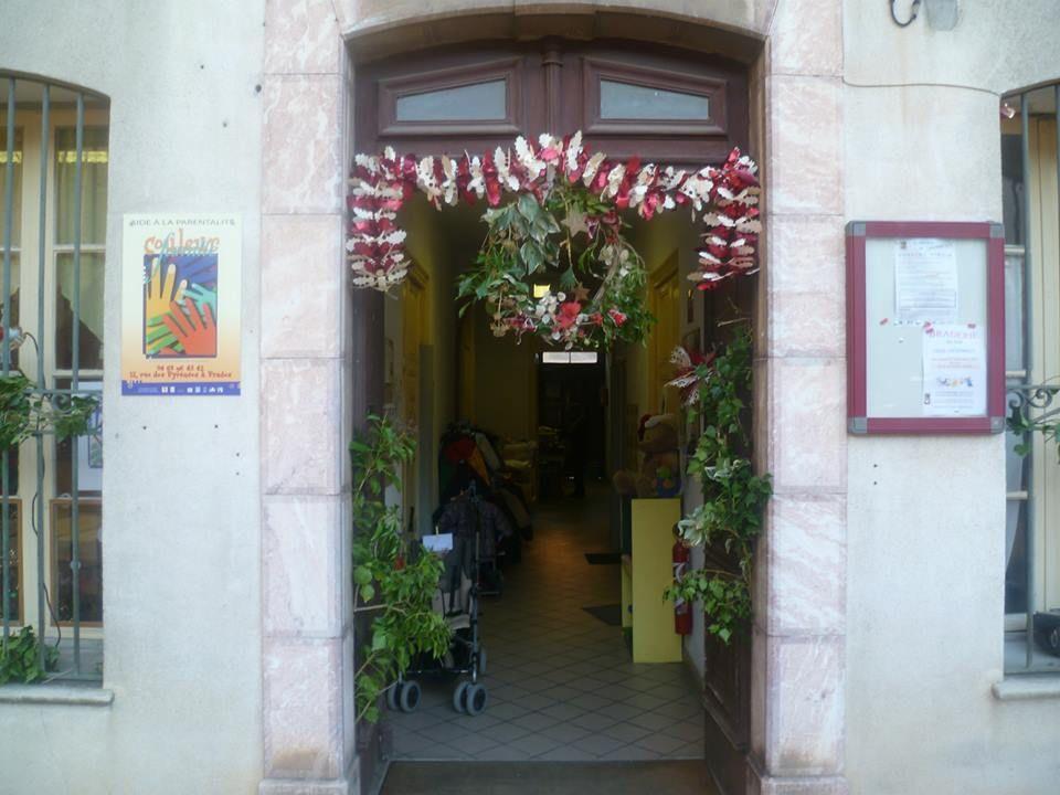 Mairie de prades l 39 info 2013 la braderie de noel de - Noel a mille couleurs ...