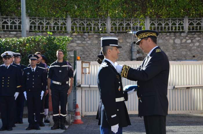 ceremonie de passation de commandement (4)